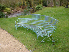 Photo: Metal Outside Furniture http://www.outsideedgegardenfurniture.co.uk