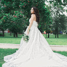 Wedding photographer Marina Smirnova (Marisha26). Photo of 09.12.2014