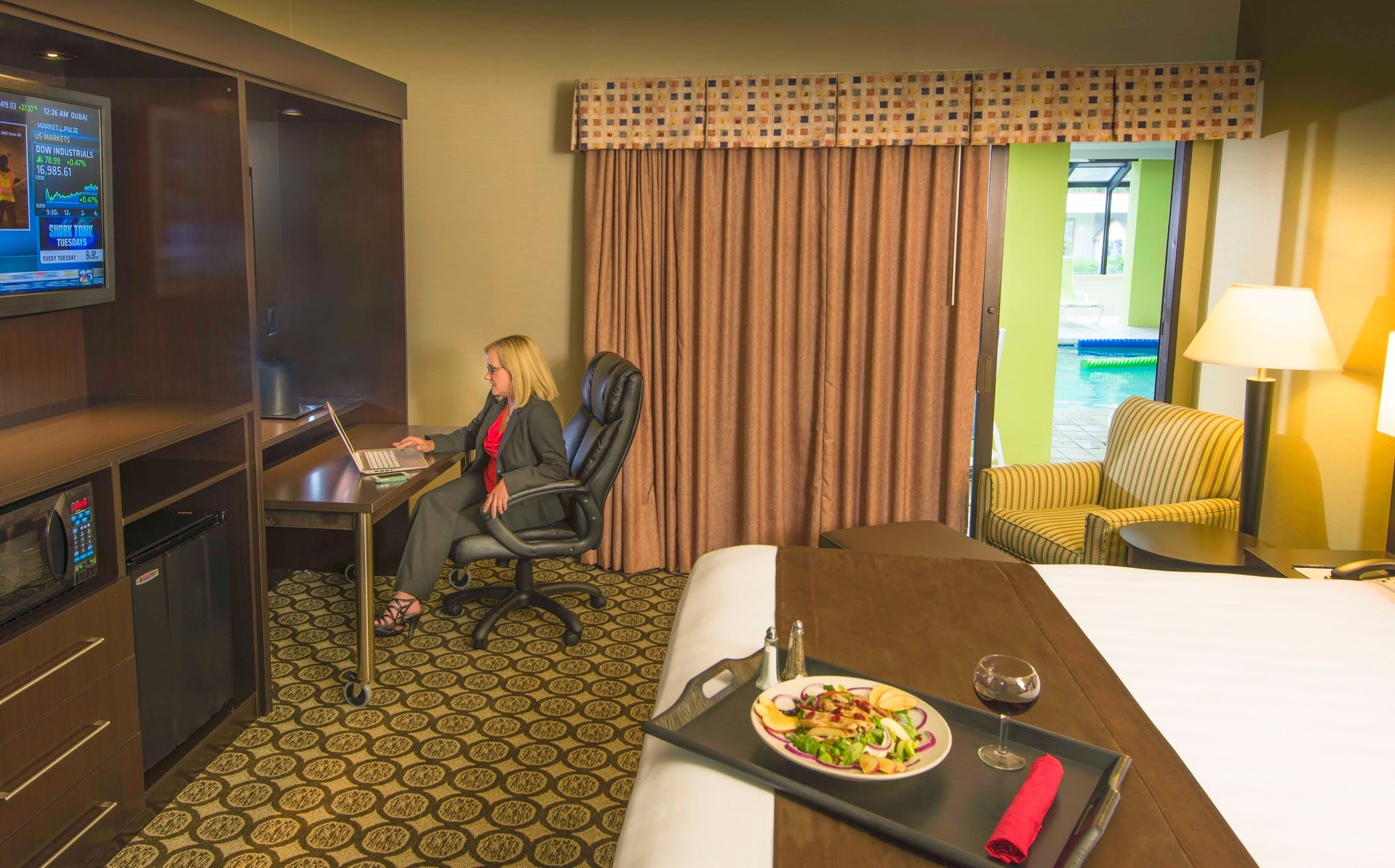 Photo: Best Western Plus InnTowner and the Highland Club