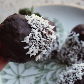 Chocolate and Coconut Dipped Strawberries Recipe