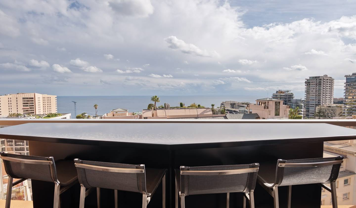 Apartment with terrace Beausoleil