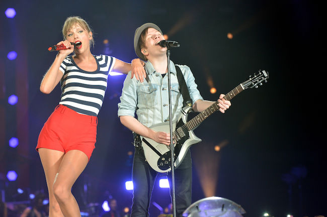 Taylor Swift's RED Tour - New Jersey