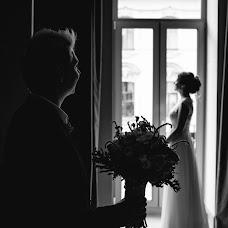 Wedding photographer Evgeniy Romanov (POMAHOB). Photo of 05.03.2018