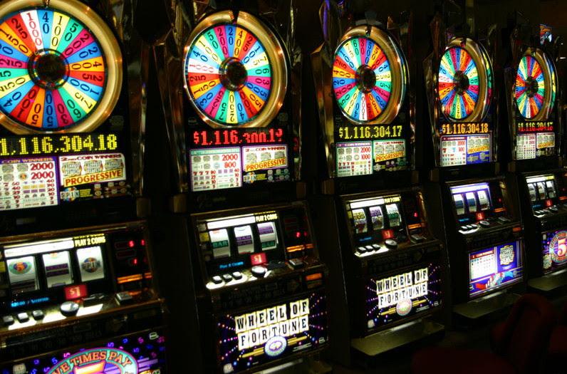 Slot game – không chỉ là chiếc máy game (P1)