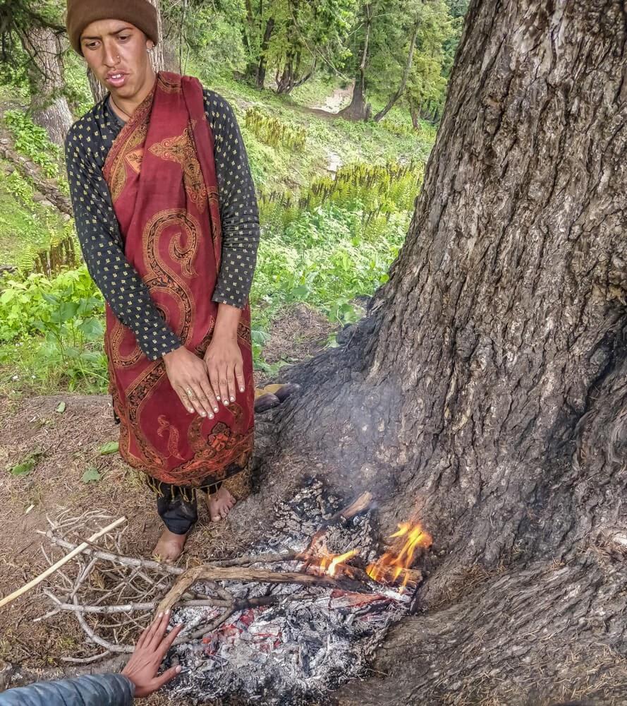 kalga+bunbuni+parvati+valley+himachal+pradesh+india