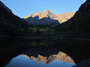 Photo: Starting out from Maroon Lake you get the iconic view of the Maroon Bells.