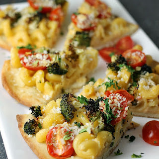 Macaroni and Cheese Flatbread Recipe