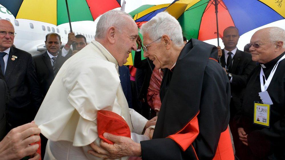 Đức Thánh Cha ở Mauritius: Bất kể cảm giác bị nhiều áp lực, hãy làm mới lại niềm tin vững trong vinh quang của Thiên Chúa