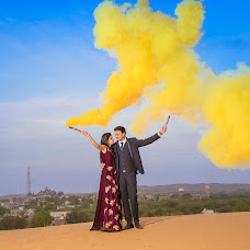 Wedding photographer Anshul Sukhwal (clickstoremember). Photo of 04.05.2018