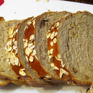 Honey Oatmeal and Walnut Bread