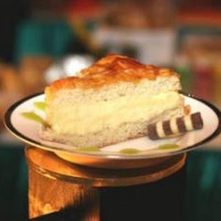 Bienenstich Cake (Bee Sting Cake)