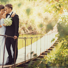 Wedding photographer Elena Brodeckaya (helenbr). Photo of 04.09.2013