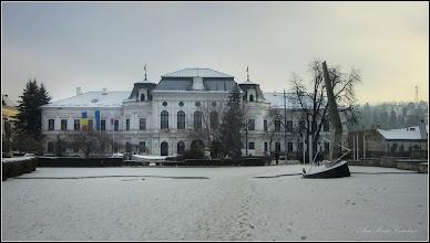 Photo: Piata 1 Decembrie 1918, Nr.28 - Primaria Municipiului si Piata 1 Decembrie 1918 - si   Monumentul Eroilor Revolutiei din 1989  - 2018.01.16
