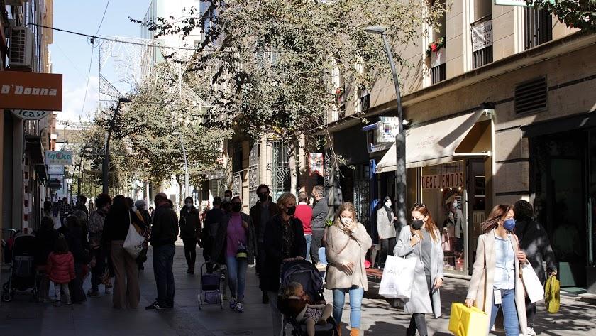 Almería vive una tranquila Semana Santa.