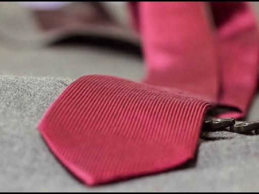 nettoyage-cravate-et-anti-tache