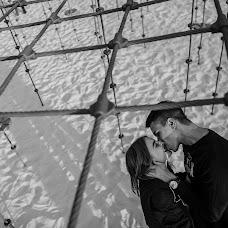 Wedding photographer Vladimir Pchela (Pchela). Photo of 07.10.2017