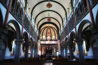 Photo: The interior of Jeondong Cathedral has a strong European influence.