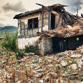 by Gergana Stefanova - Buildings & Architecture Decaying & Abandoned ( rodopi, summer, house, decay, abandoned, bulgaria,  )