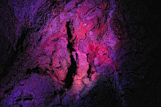 Photo: A rather unique texture, something I have not seen in other parts of the cave. I stared at it for ages. Many patterns came into my mind.