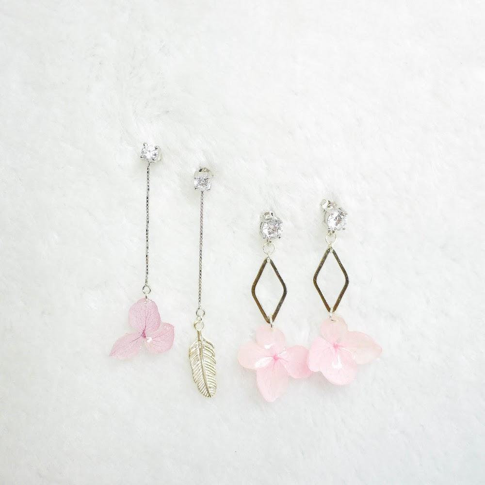 [現貨/stock] 尖沙咀寄賣中 閃石款925純銀繡球花耳環 925 Sterling Silver Hydrangea Earrings