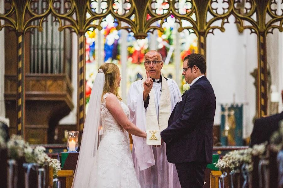 Wedding photographer Aaron Storry (aaron). Photo of 19.04.2017