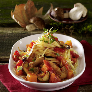 Spaghetti in Mushroom, Tomato & Pumpkin Sauce.