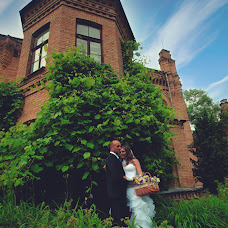 Wedding photographer Anna Dvoryanec (DvoryanecAnna). Photo of 11.06.2014