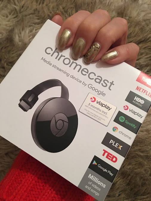 My Quick impressions on Apple TV vs Google Chromecast  I have now used both the Apple TV (my daughters...