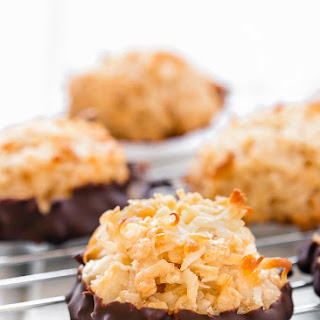 Eggless Coconut Macaroons.