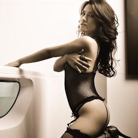 Indonesian Models -  by Secret Photos - Nudes & Boudoir Boudoir