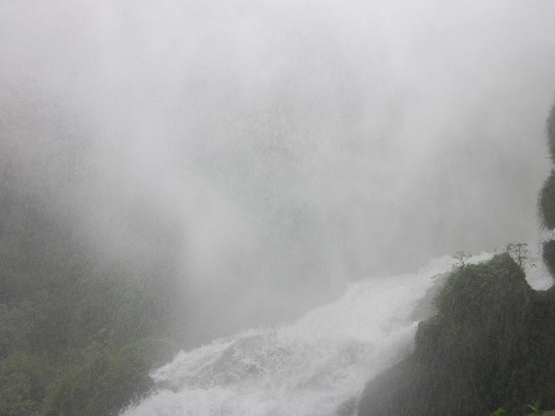 Foschia tra le cascate di emanuela_dolci