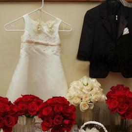Brides room by Brenda Shoemake - Wedding Details (  )