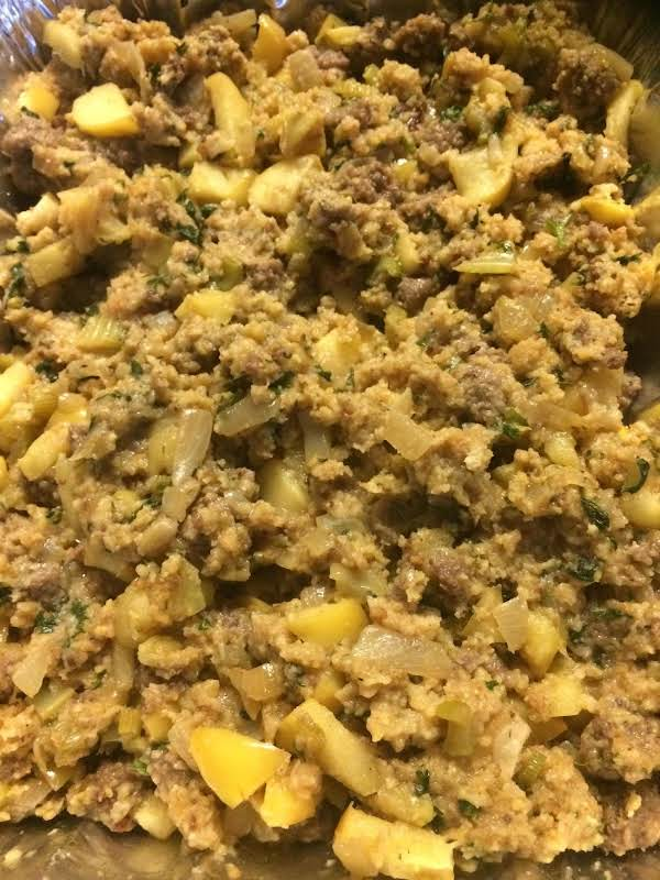 Sausage, Apple And Cornbread Stuffing Recipe