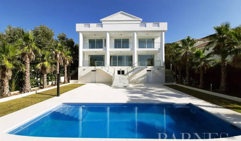 Villa with terrace Sitio de Calahonda