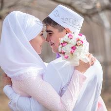 Wedding photographer Rinat Yamaliev (YaRinat). Photo of 04.05.2017