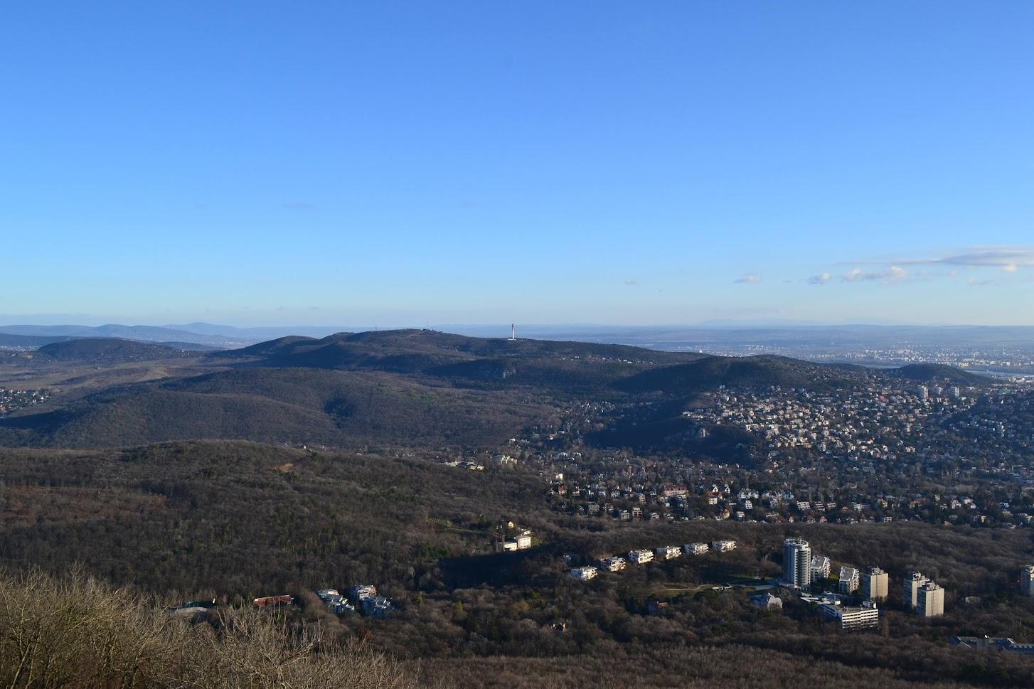 Kilátás a János-hegyről.