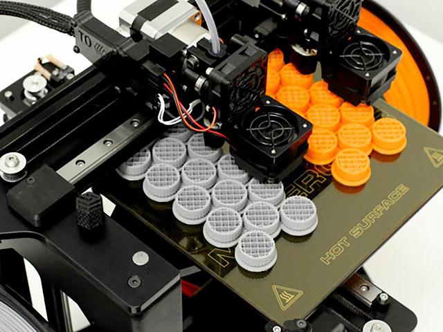 MakerGear M3 Independent Dual Extruder 3D Printer - Rev 1