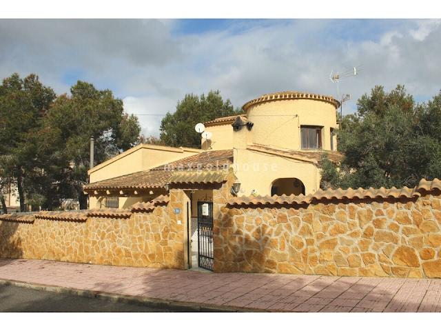 San Miguel de Salinas Villa: San Miguel de Salinas Villa for sale