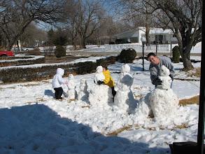 Photo: Beyeler Family Snowmen