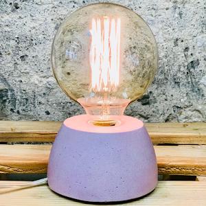 Lampe béton couleur rise pastel création fait-main atelier français de la marque Junny