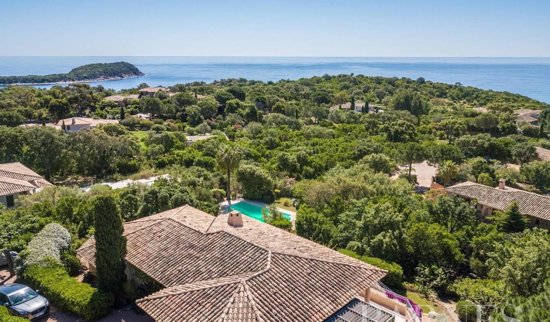 Villa with pool and terrace Sainte lucie de porto vecchio