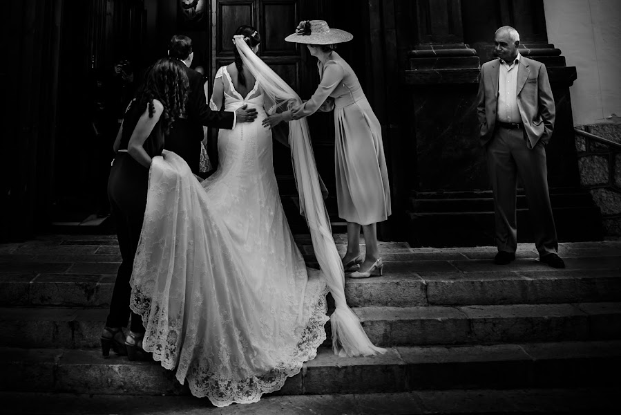 Wedding photographer Olmo Del valle (olmodelvalle). Photo of 01.06.2018