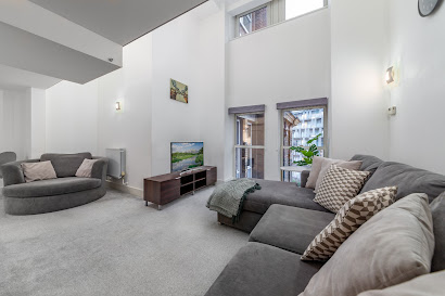 1 Bedroom Apartment in Building 22 Greenwich