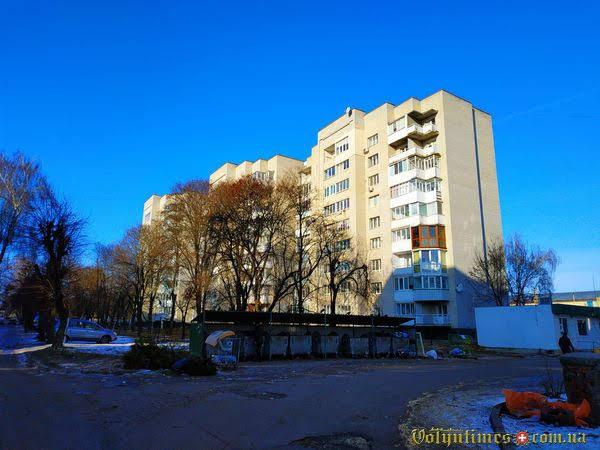 Вул. Гулака-Артемовського, 13а. Фото: І.Сметанін