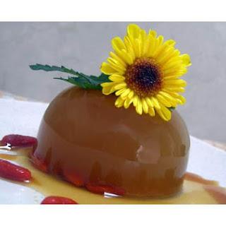 Chrysanthemum Ginseng Wolfberry Jelly With Raw Honey.