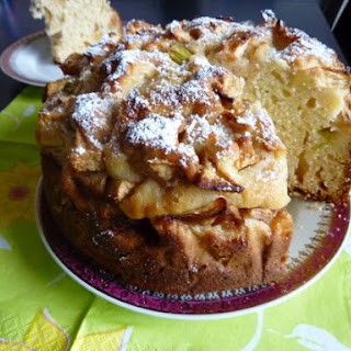 Fruity Yeast Cake