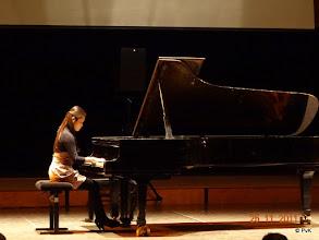 Photo: Michelle Chow speelt 'Waldesrauschen'