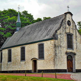 Donk Kapel East Flanders (Overmere) by Paul Wante - Buildings & Architecture Places of Worship ( east flanders, hdr, chapel, photography, places of worship )