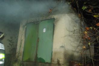 Photo: Še se kadi, bo treba notri in pogasiti.