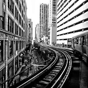 the el train chicago by Jon Radtke - Black & White Buildings & Architecture ( the el train chicago,  )